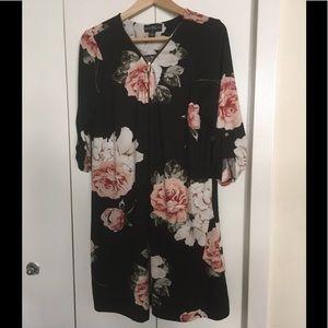 🔥2/$20🔥 Black Floral Print dress